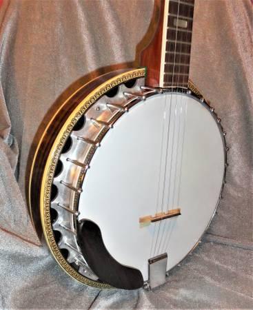 Photo Matao 5 String Banjo WCase (Latonia, KY)
