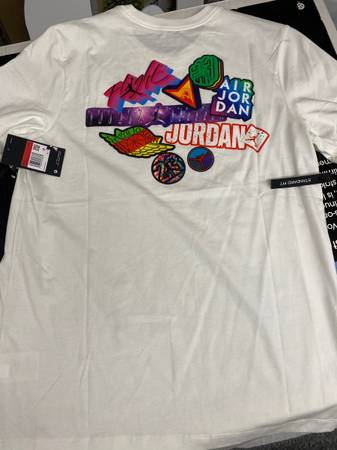 Photo NEW Air Jordan T-Shirt Mens L Available. Retail For $40, These Shir - $18 (Mason)