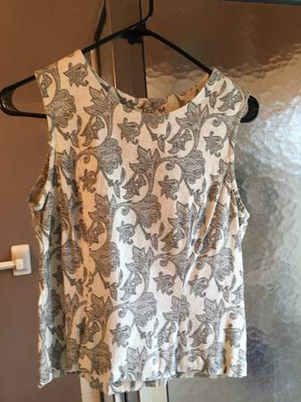 Photo New Grey White Black Design Sleeveless Back Button up Shirt Top Women39 - $2 (BataviaEastgate)
