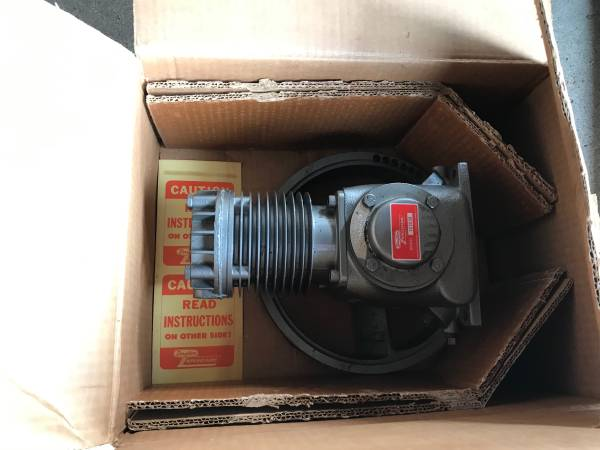 Photo New Old Stock Dayton Speedaire Model 2Z203B Air Compressor Pump - $100 (Price Hill)