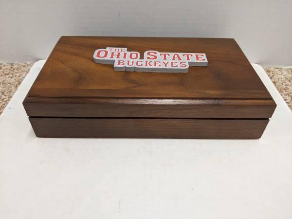 Photo Ohio State Clock-in-a-Box - $30 (Maineville)