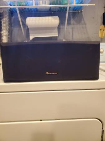 Photo PIONEER CENTER SPEAKER - $20 (NORTH COLLEGE HILL)