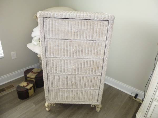 Photo Pier 1 Imports White Washed Wicker Chest of Drawers Dresser - $299 (Liberty Township)