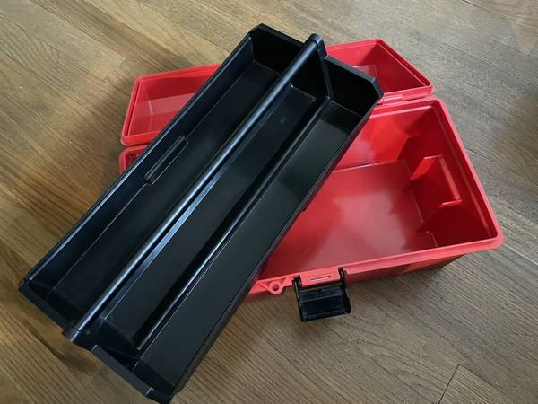 Photo Red Plastic Art Bin  Tool Box - $10 (oakley)