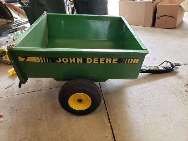 Photo Reduced John Deere tractor cart trailer - $400 (Masonliberty township)