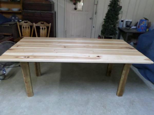 Photo Rustic Dining table, Kitchen Table, Cabin Table, Farmhouse Table - $595 (Mount Orab)