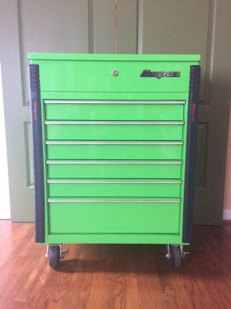 Photo Snap On roll cart - $900 (Eastgate)