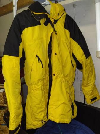 Photo St Johns Bay ladies winter jacket large petite - $10 (Petersburg)