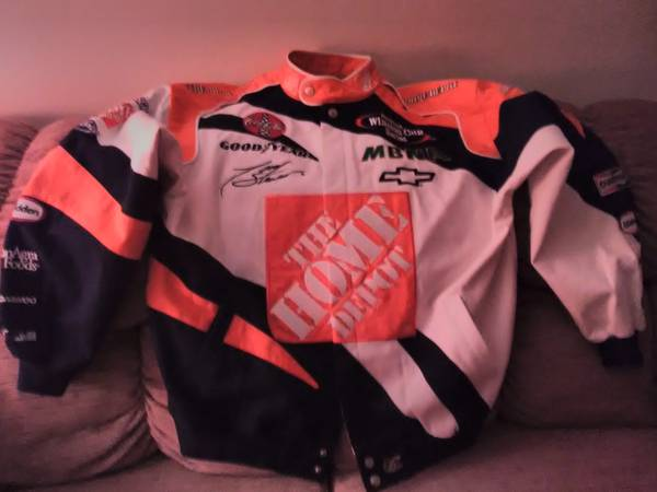 Photo TONY STEWART NEW NASCAR JACKET - $35 (FAIRFIELD)