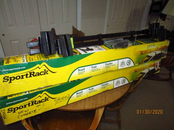 Photo Thule - Sportrack roof rack system. SR1009 - $79 (Hyde Park)