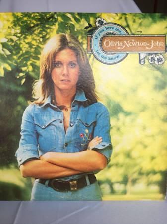 Photo Vintage Vinyl Album Olivia Newton John - If You Love Me Let Me Know - $5 (BataviaEastgate)