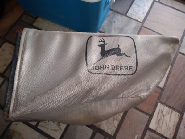 Photo used john deere bag - $20 (independence)