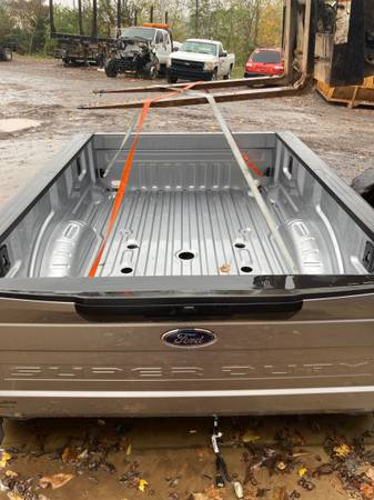 Photo 2020 Ford F450 Dually Bed - $2,000