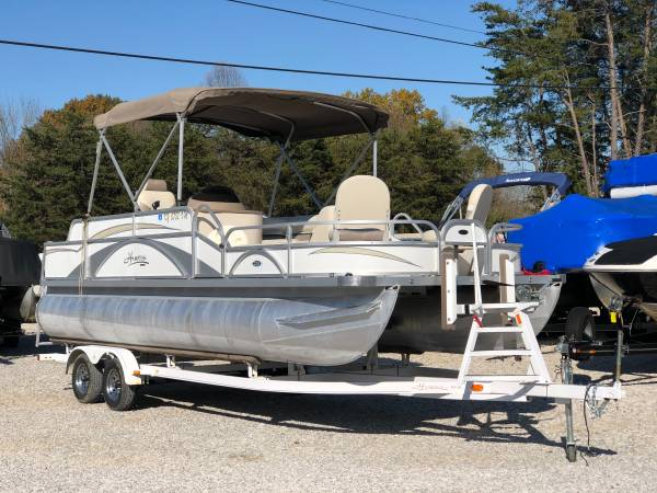 Photo Pontoon Boat for Sale - $24,000 (Bowling Green)