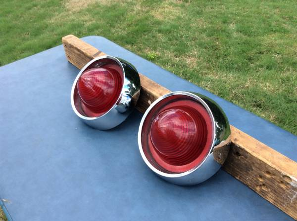 Photo 1959 Buick taillights - $165 (Parma ht39S)
