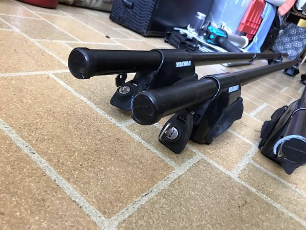 Photo 1 pair YAKIMA Roof Rack Low Rider Towers With Bars - $75 (Russell)