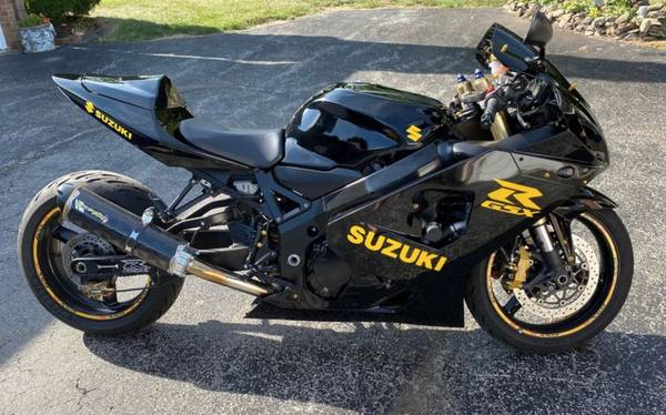 Photo 2005 Suzuki GSX-R 600 - $4,500 (Columbus)