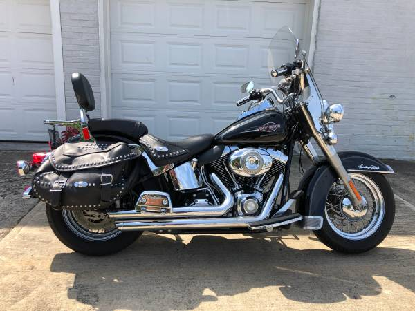 Photo 2008 Harley Davidson Heritage Softail FLSTC - $7,995 (Fairport Harbor)