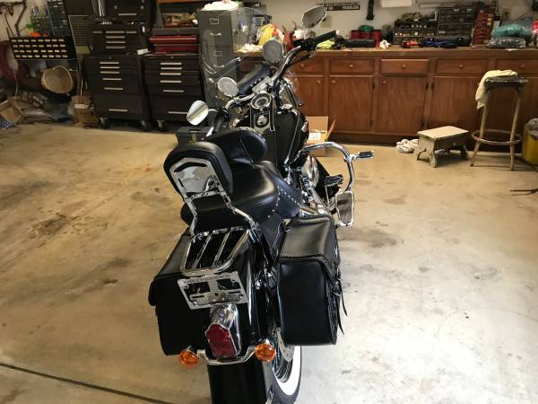 Photo 2009 Harley Davidson Soft tail deluxe (Kirtland)