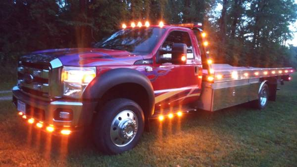 Photo 2015 Ford F-550 Rollback Custom Show Truck WORK READY - $46,000 (New Lebanon, Ohio)