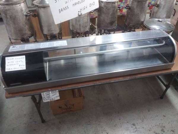 Photo 5 Foot Counter top Glass Front Sushi  Dessert  Sandwish Cooler - $425 (cle44114)