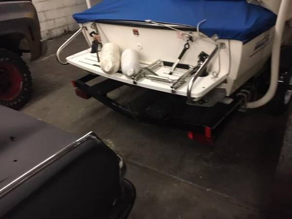 Photo BOSTON WHALER JET BOAT (MEDINA)