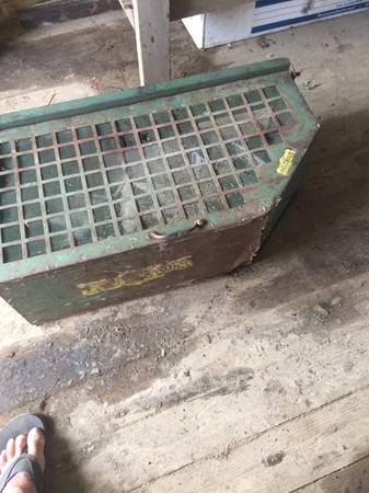 Photo Commercial mower grassleaf bagger - $80 (Brunswick)