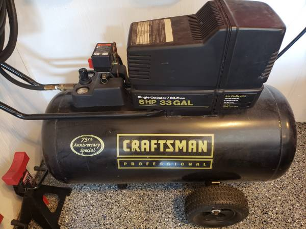 Photo Craftsman 6HP 33Gal portable air compressor  extra39s - $225 (Fairview Park)