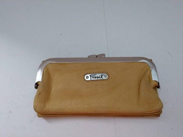 Photo Fossil Yellow Leather Wallet w Attached Coin Pouch - $20 (bedford heights)