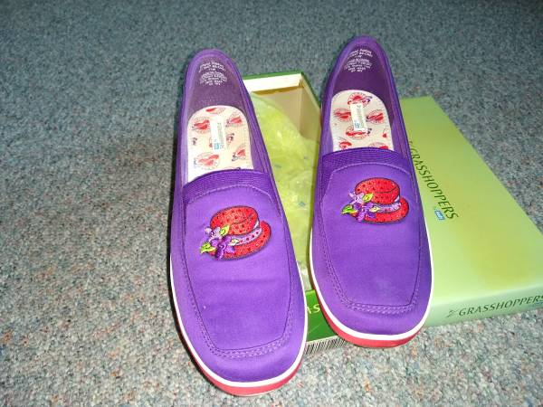 Photo Keds red hat society shoes - $8 (Mentor)