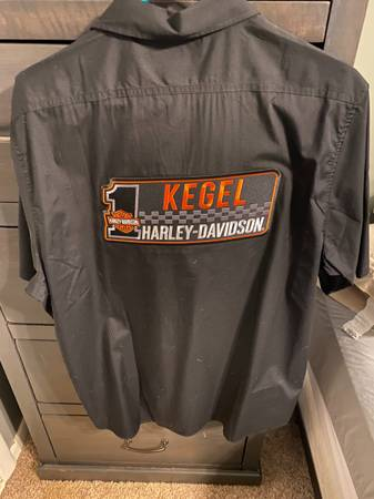 Photo Mens Harley Dealer Shirt - $35 (Berea)