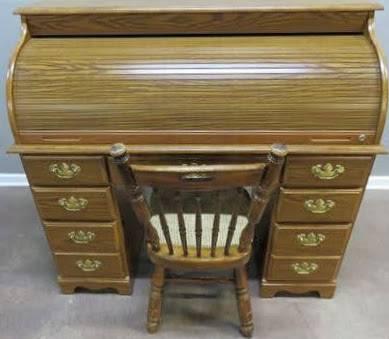 Photo Oak Roll Top Desk - $195 (Elyria)