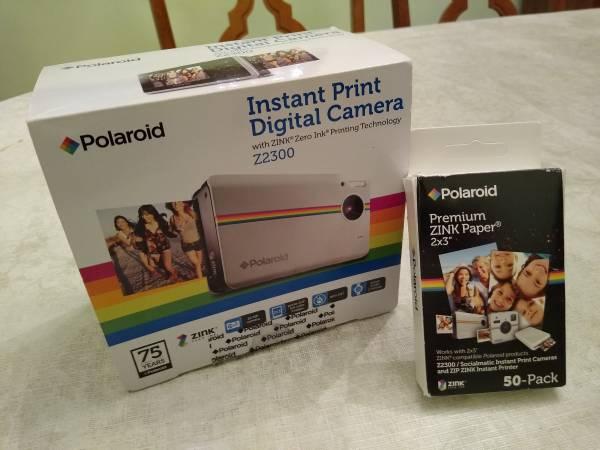 Photo POLAROID INSTANT PRINT DIGITAL CAMERA WITH ZINK ZERO INK PRINT NEW - $225 (Seven Hills, Ohio)