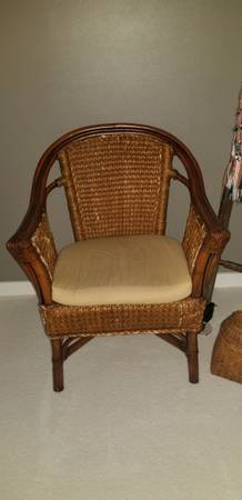 Photo Pier 1 IndoorOutdoor Rattan Bamboo Chair with Pad - $50 (Hiram)