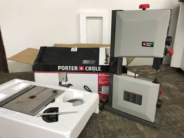 Photo Porter-Cable 9-in 2.5-Amp Band Saw - $130 (Cleveland)