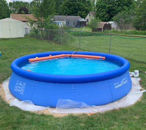 Photo Summer Waves 12 ft Quick Set Ring Round Above Ground Swimming Pool - $250 (parma)
