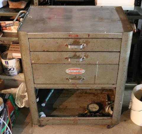 Photo Vintage Heavy Duty Craftsman Rolling Tool Chest - $450 (Middleburg Hts.)