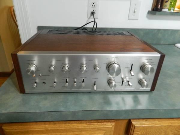 Photo Vintage Pioneer SA-9100 Integrated Amplifier Stereo - $600 (Macedonia)
