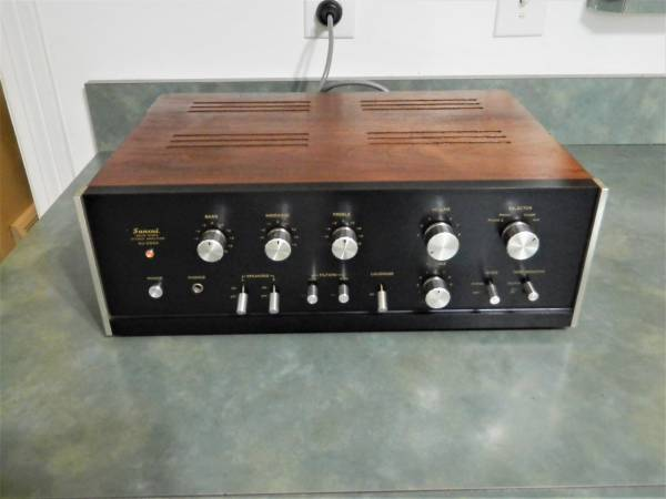 Photo Vintage Sansui AU-555A Integrated Amplifier Stereo - $400 (Macedonia)