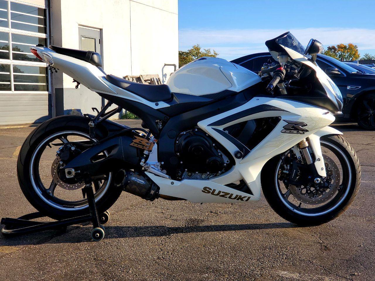 Photo 2009 Suzuki GSX-R 600 $6481163.97163.97