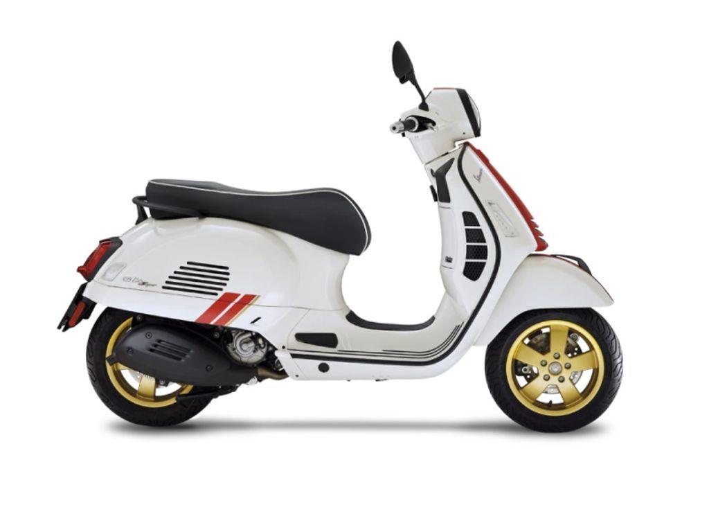 Photo 2021 Vespa GTS Super Racing Sixties 300 HPE $7299