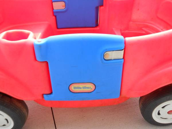 Photo little tikes wagon - $15 (wellington)