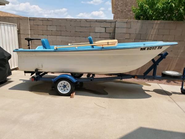 Photo 13ft Fiberglass Boat for sale - $1,150 (Paradise Hills)
