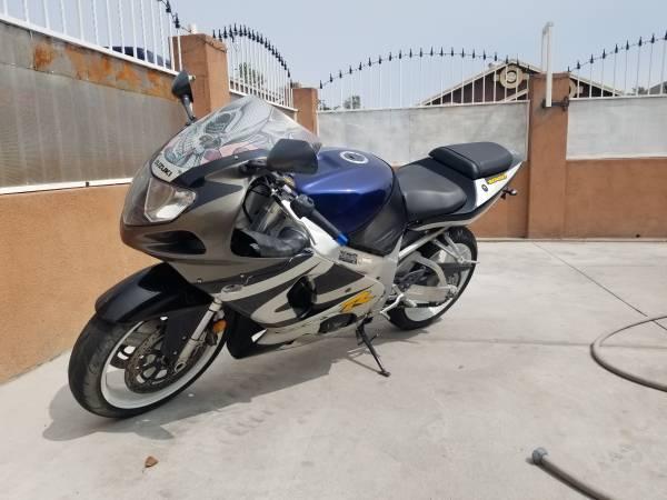 Photo 2003 Suzuki gsxr 750 - $3,900 (Albuquerque)