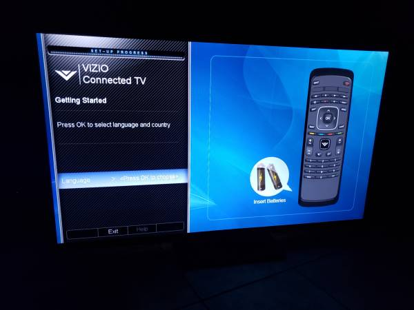 Photo 60quot Vizio 120hz Smart LED TV, 4 HDMI, 1080p, Skype, stand, remote $325 - $324 (heights)