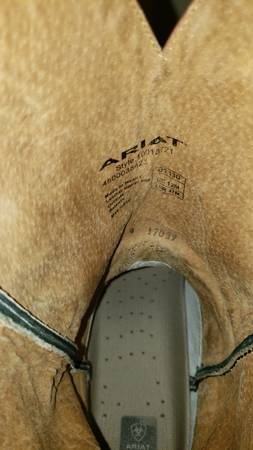 Photo Ariat Boots - $55 (Bernalillo)