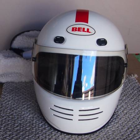 Photo Bell M3 pro series Auto Racing Helmet - $125 (Candelaria)