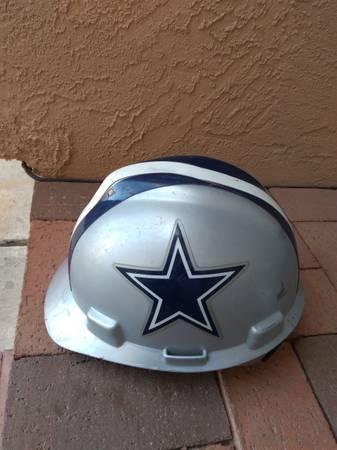 Photo Dallas Cowboys Hard Hat - $20 (Rio Rancho)