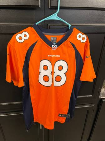 Photo Denver Broncos Jersey Youth XL (18-20) - $15 (South Valley Part Of Town)