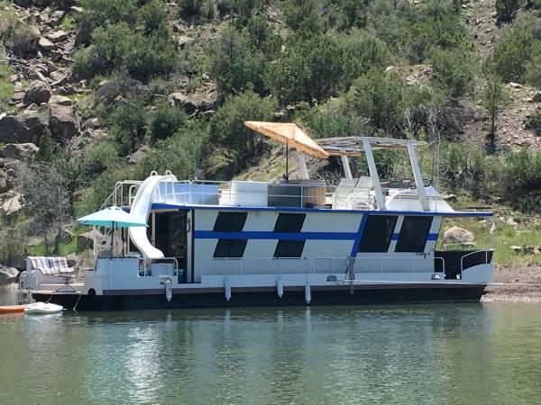 Photo Houseboat - $50,000 (Navajo Lake)